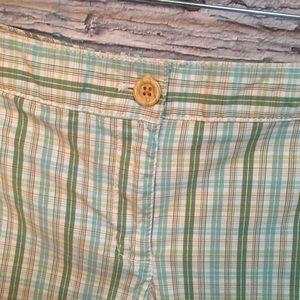 LOFT Shorts - Ann Taylor LOFT plaid shorts. Green/White. Size 8